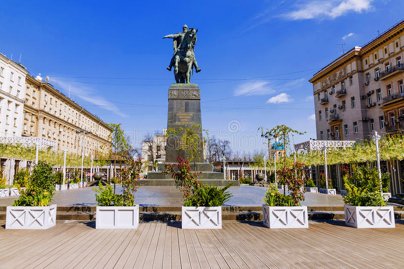 Un monumento a Yuri Dolgoruky en Moscú imagen de archivo