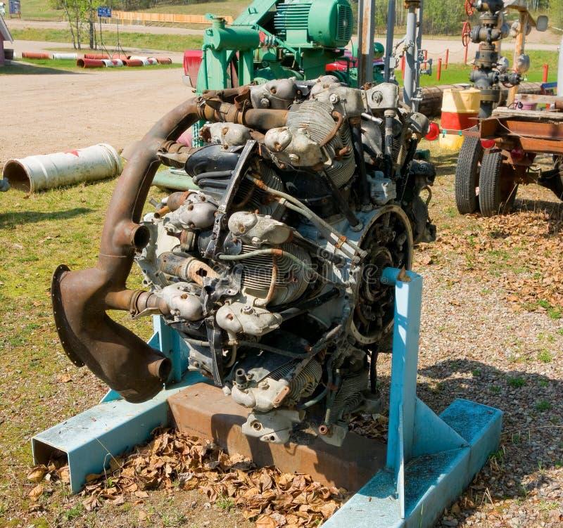 Un motor de avión radial viejo en un museo al aire libre en Canadá imagenes de archivo