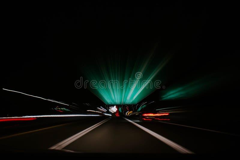 Un mouvement rapide de l'intérieur de la perspective de voiture photo libre de droits