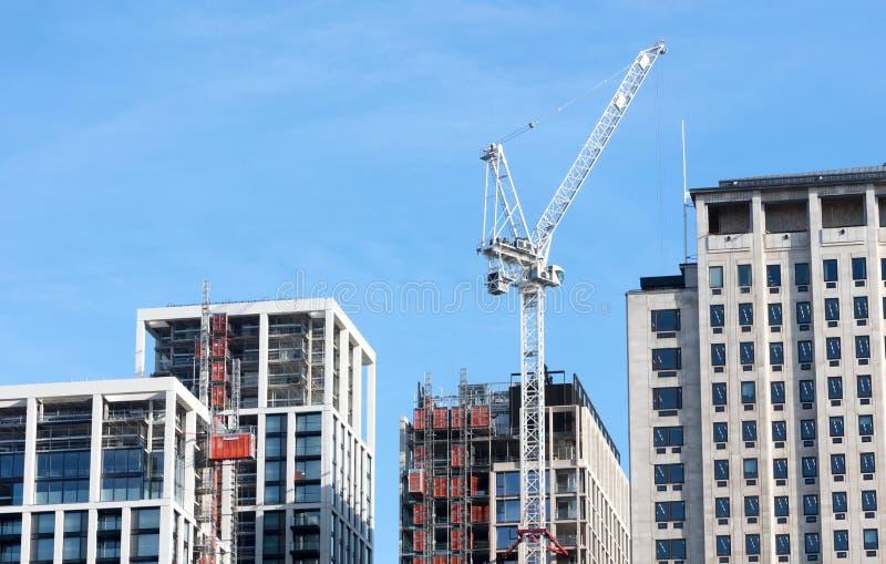 Un nouveau bâtiment en construction à Londres sur Februari 22, 2019 images libres de droits