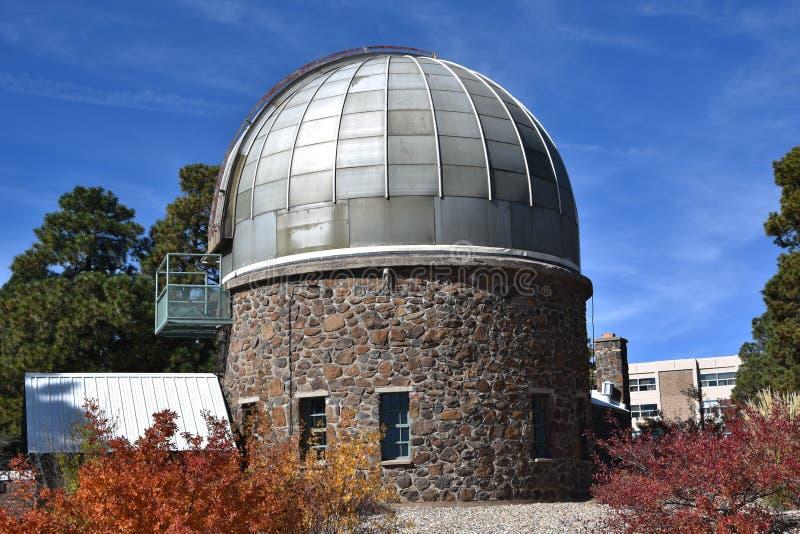 Un observatorio en la universidad septentrional de Arizona fotos de archivo libres de regalías
