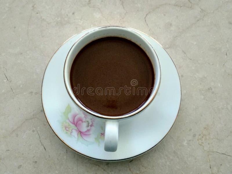 Un odore decisivo del caffè nero fotografie stock libere da diritti