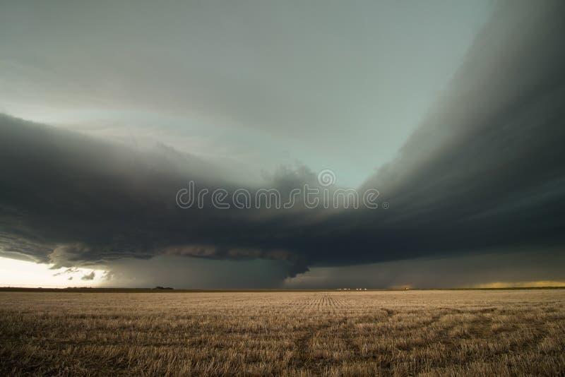 Un orage élevé massif de supercell de précipitation dans le Colorado oriental photographie stock