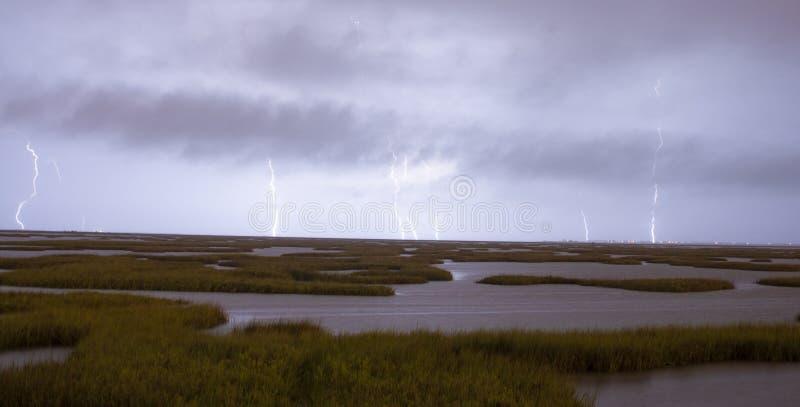 Un orage épique produit des grèves surprise frappant Galveston images stock