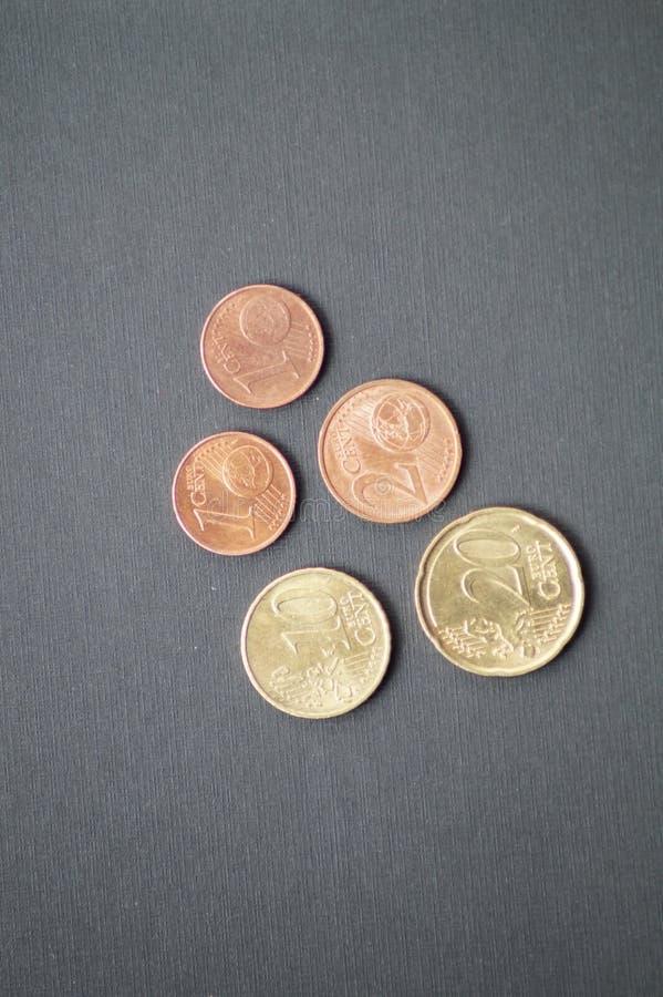 Un pacchetto di monete dell'euro centesimo immagine stock libera da diritti