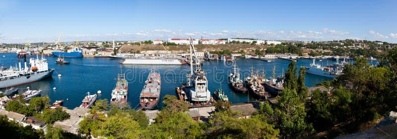 Un paesaggio della baia (Sevastopol, Ucraina) fotografie stock libere da diritti