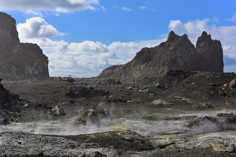 Un paesaggio robusto dell'Isola Bianca, il vulcano a cono più attivo della Nuova Zelanda fotografie stock libere da diritti