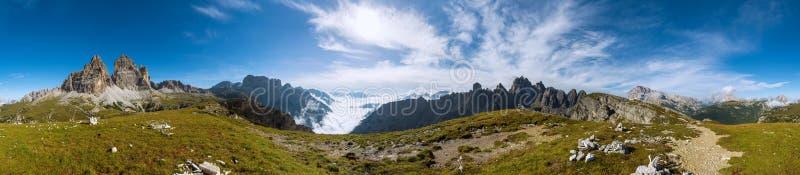 un panorama di 360 gradi sparato di Dolomits fotografia stock libera da diritti