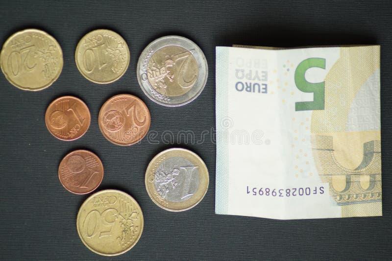 Un paquete de monedas del centavo euro imagen de archivo libre de regalías