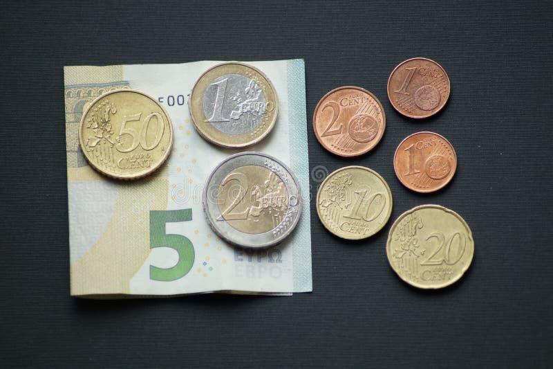 Un paquete de monedas del centavo euro foto de archivo libre de regalías
