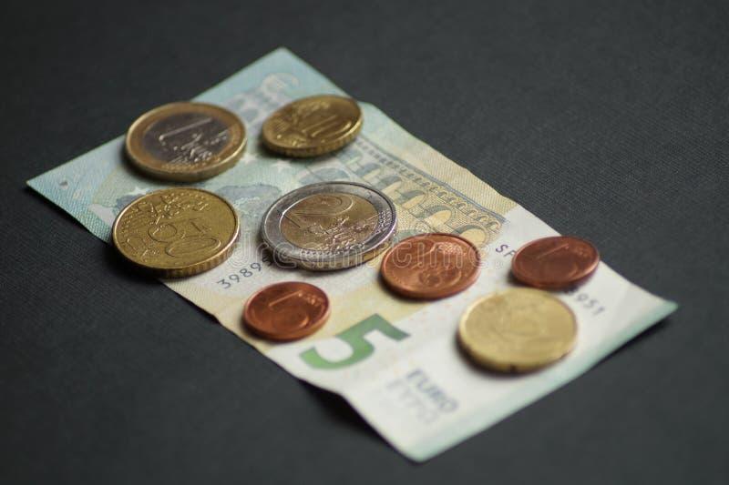 Un paquete de monedas del centavo euro imagen de archivo