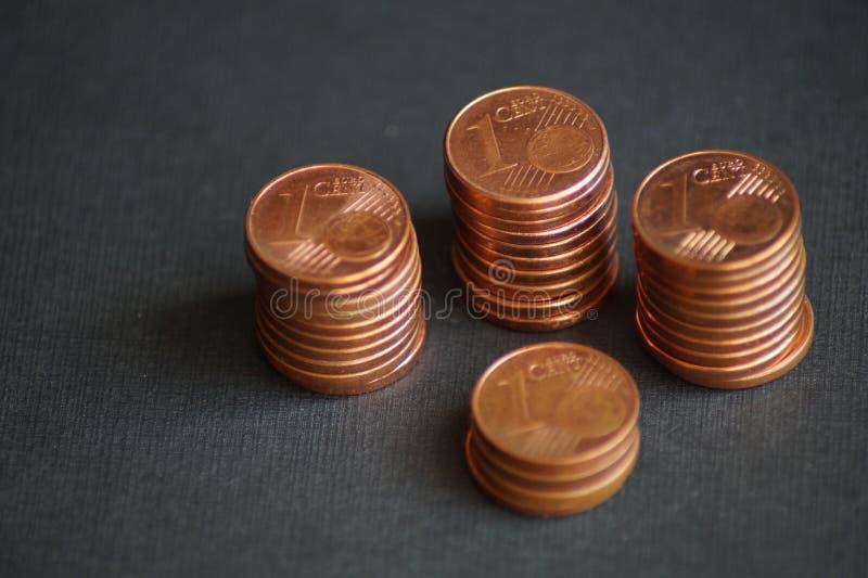 Un paquete de monedas del centavo euro foto de archivo