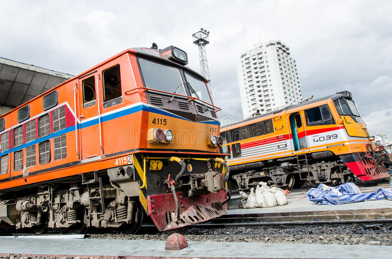 Un parcheggio di due locomotive.
