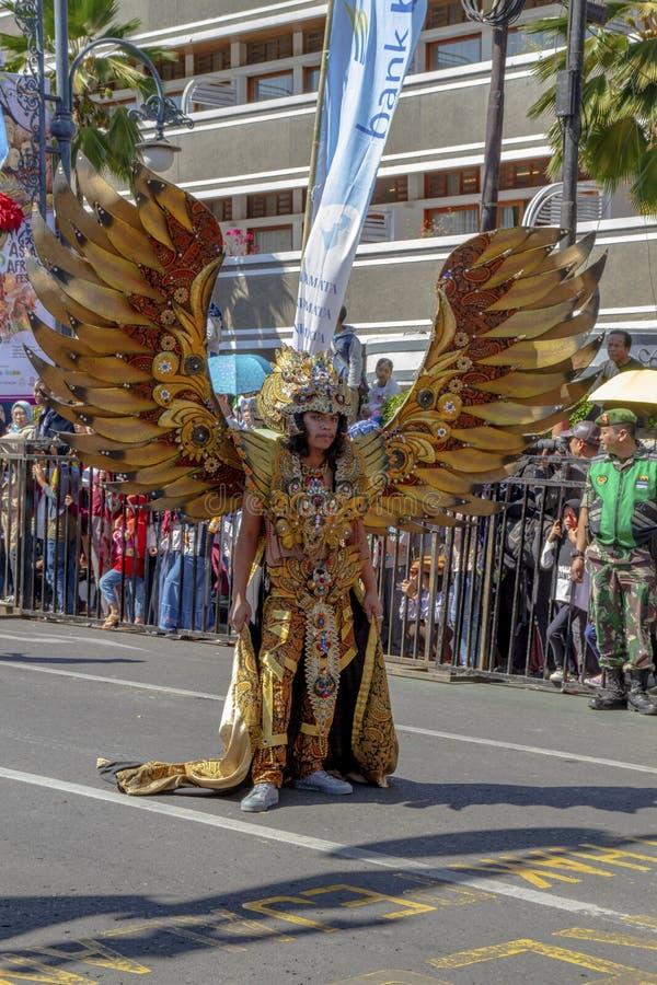 Un participant de carnaval au festival 2019 de l'Asie Afrique images libres de droits