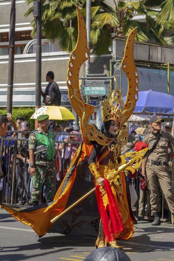 Un participant de carnaval au festival 2019 de l'Asie Afrique photo stock