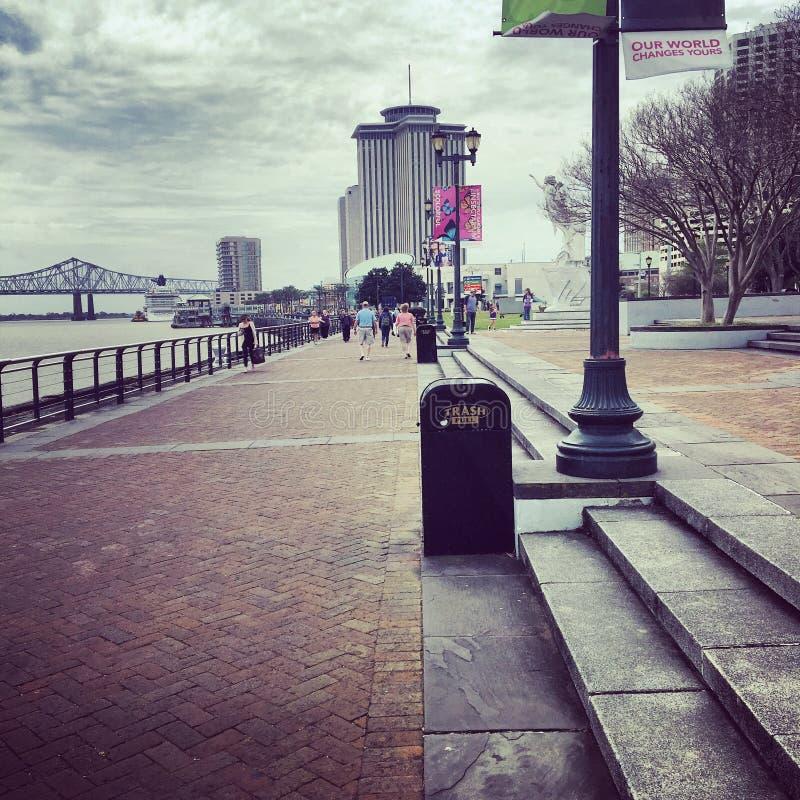 Un paseo del río imagen de archivo libre de regalías
