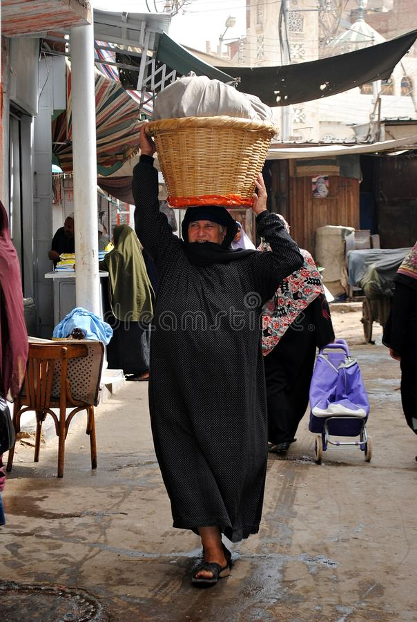 Un paysan dans le Souq photographie stock libre de droits