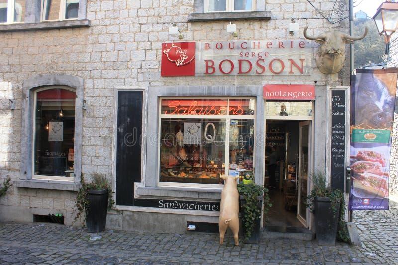 Un pequeño Boucherie en Durbuy, Bélgica imagen de archivo libre de regalías