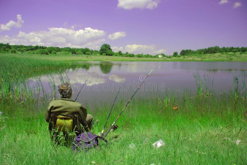 Download Un pescatore fotografia stock. Immagine di coastline, pesca - 215914