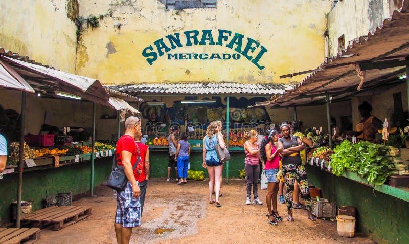 Un petit marché dans Havanna photo libre de droits