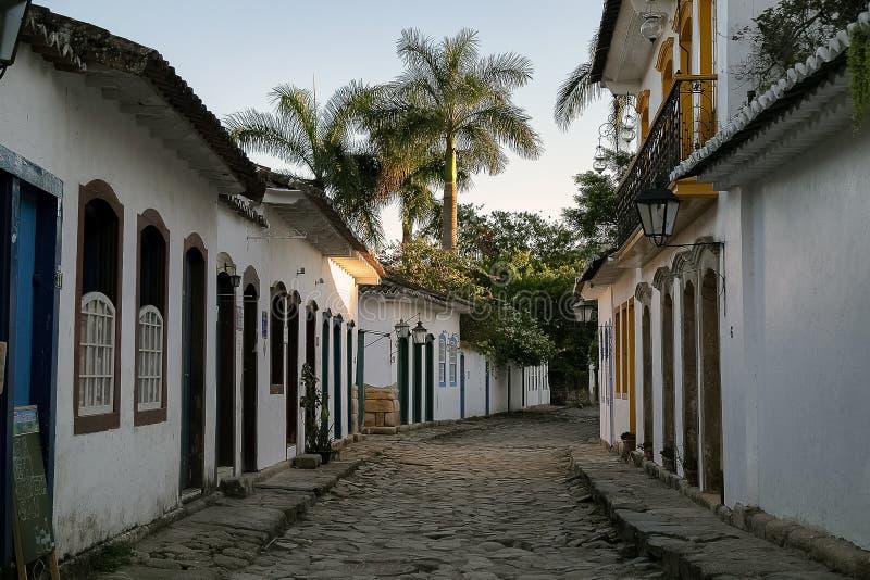 Un petit vieux village photos libres de droits
