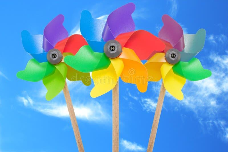Un pinwheel di tre colori fotografia stock