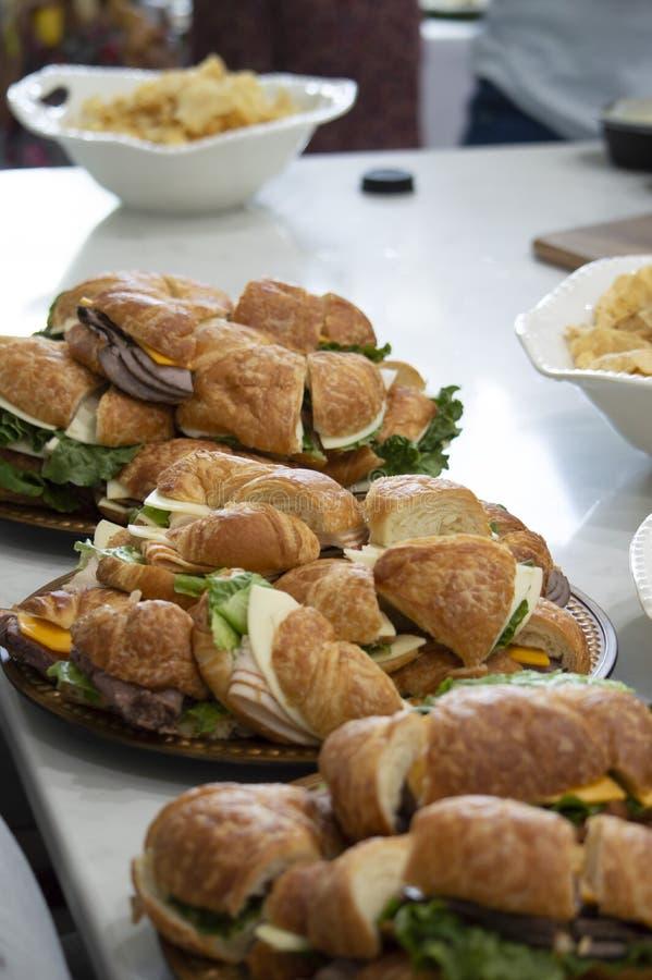 Un plateau des sandwichs photos libres de droits