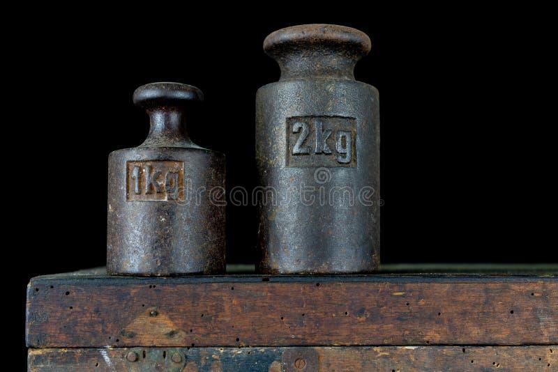 Un poids de kilogramme utilisé pour peser une quantité donnée dans le stor photo libre de droits