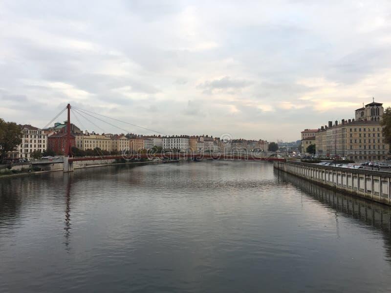 Un pont à Lyon image stock