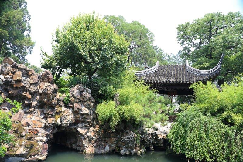 Un pont en pierre photo libre de droits