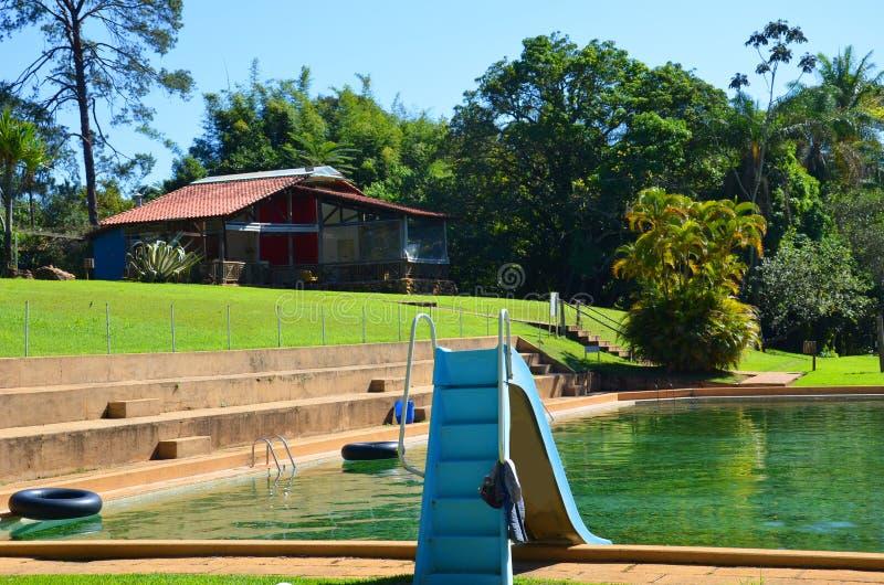 Un posto per la hacienda locale di rilassamento, accanto alla città Ribeirao Preto, regione Minas Gerais immagini stock libere da diritti