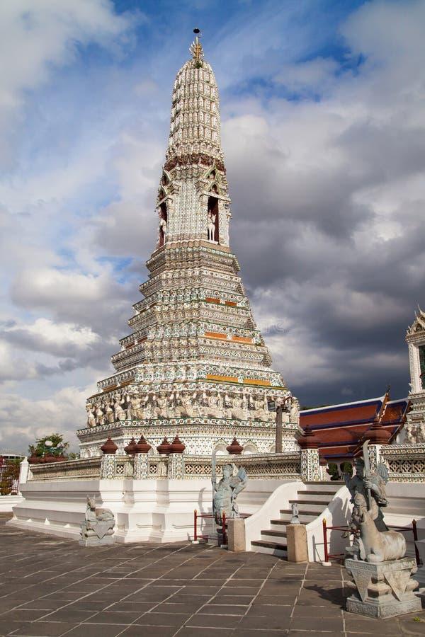 Un Prang por satélite de Wat Arun fotos de archivo
