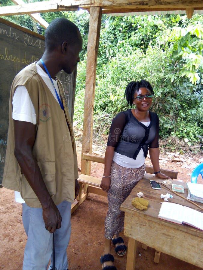 Un projet des écoles de bâtiment dans les endroits ruraux images stock