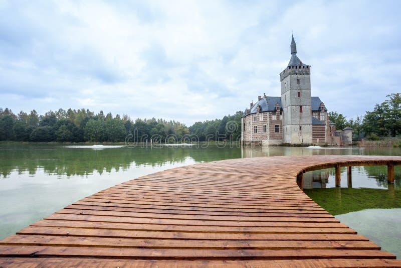 Un puente y el castillo de Horst fotografía de archivo libre de regalías