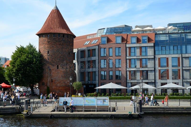 Un puerto deportivo en la torre del cisne en Gdansk imágenes de archivo libres de regalías