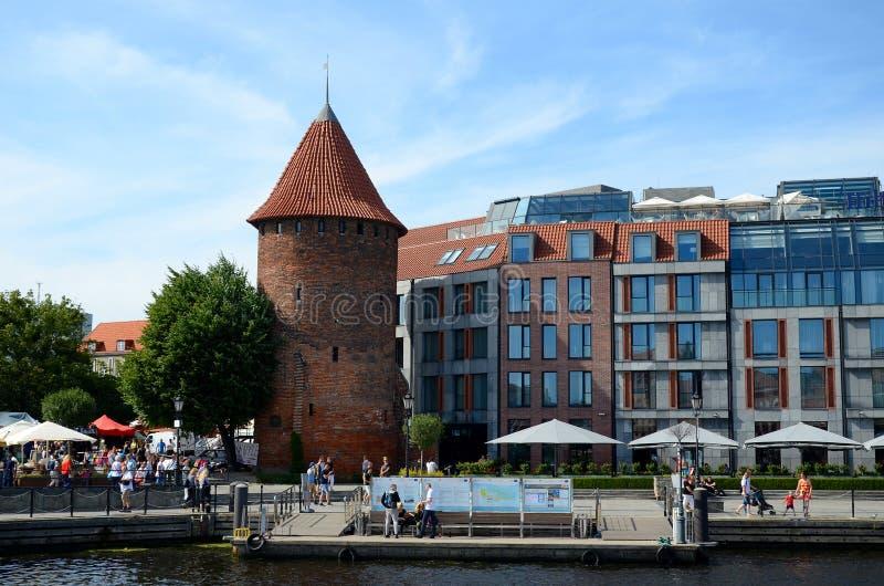 Un puerto deportivo en la torre del cisne en Gdansk fotografía de archivo libre de regalías