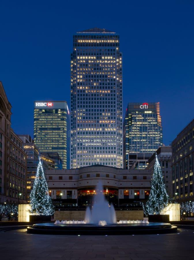 Un quadrato Canary Wharf del Canada si eleva, Londra fotografie stock libere da diritti