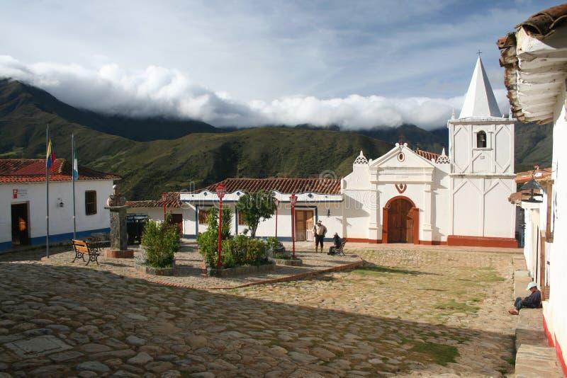 Un quadrato del mercato nel villaggio di Los Nevados fotografia stock libera da diritti