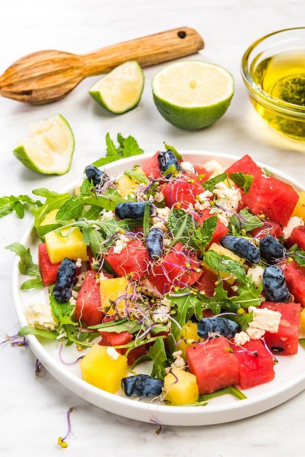 Un régime sain Salon de pastèque , Un repas léger d'été photos stock