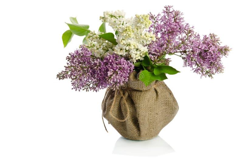 Download Un Ramo De Lila En Un Florero Imagen de archivo - Imagen de ramo, decoración: 41901143
