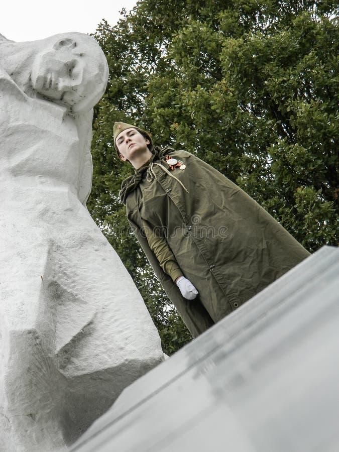 Un rassemblement commémoratif en tant qu'élément de la reconstruction de la bataille de la guerre mondiale 2 près de Moscou image stock