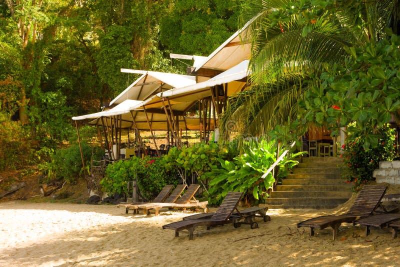 Un restaurant de plage dans les Caraïbe images libres de droits