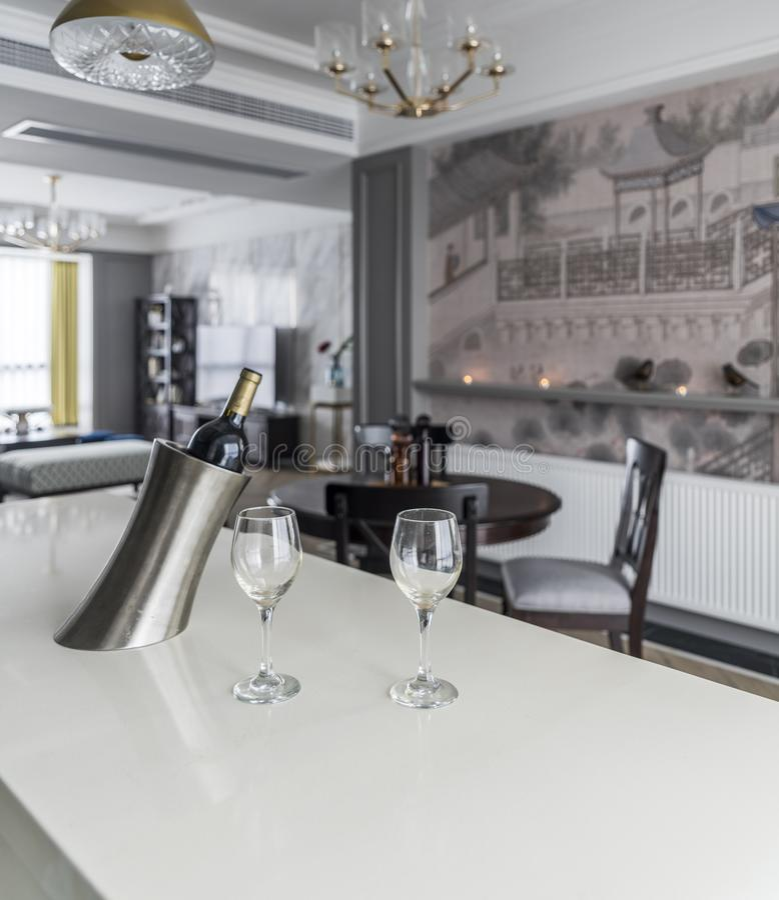 Un restaurant moderne de famille image libre de droits