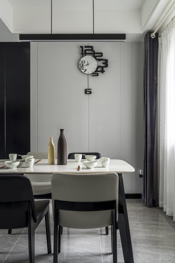 Un restaurant moderne de famille photographie stock
