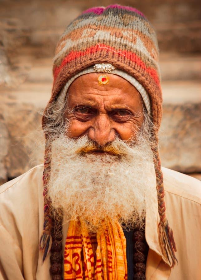 Un retrato tirado del viejo hombre fotos de archivo libres de regalías