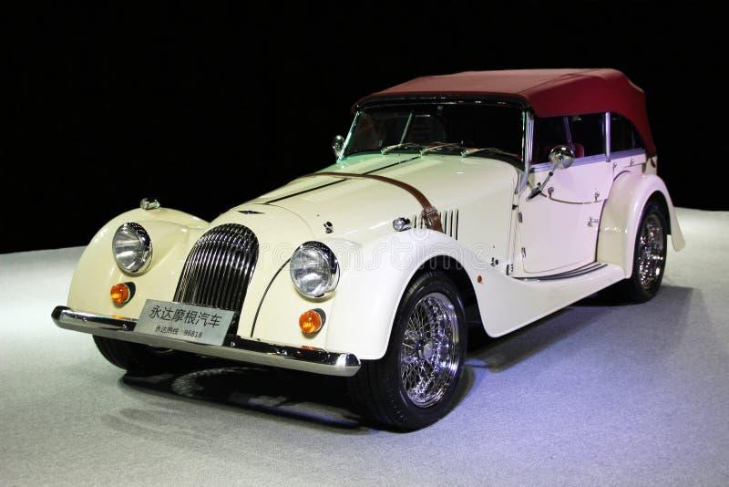 Un roadster blanc de Morgan photo libre de droits