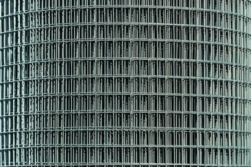 Un rotolo della maglia d'acciaio fotografia stock libera da diritti