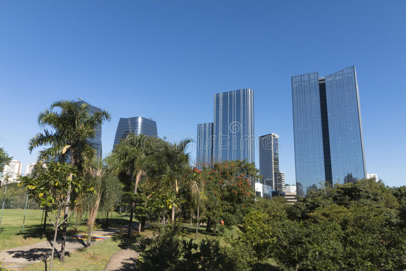 Un sabato pomeriggio al parco Parque del ` s della gente fa Povo nel PA del sao immagine stock libera da diritti