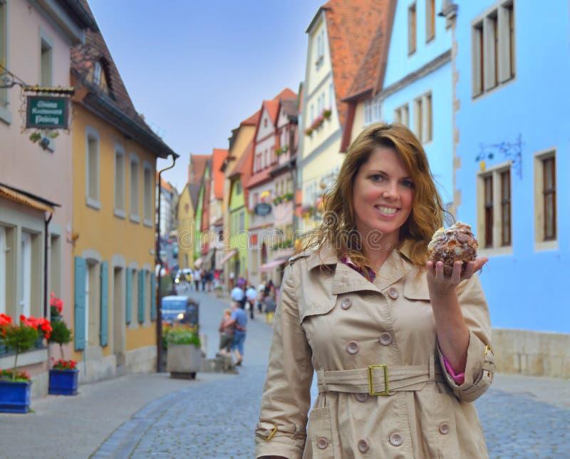 Un Schneeball en el der Tauber del ob de Rothenburg fotografía de archivo