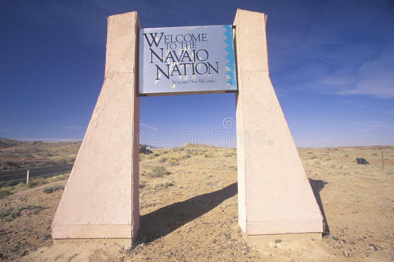 Un segno che legge il benvenuto del ½ del ¿ del ï al ½ navajo del ¿ di Nationï immagini stock